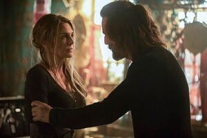 The 100 Season 5x7 - Kane and Abby pic 2