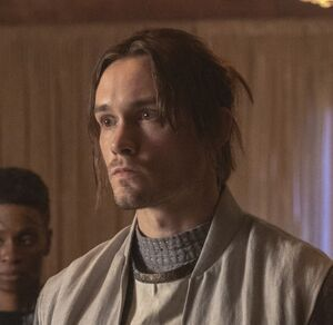 The 100 S7 Trey cropped
