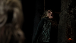 S3 episode 15 - Abby hanging.png