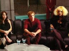 Katniss, Peeta y Portia.jpg