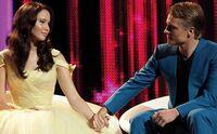 Katniss-peeta-capitol-interview
