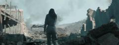Katniss en las ruinas del Distrito 12.png
