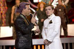 Caesar y Peeta en las entrevistas