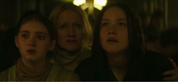 The everdeen family in mockingjay part 1.png