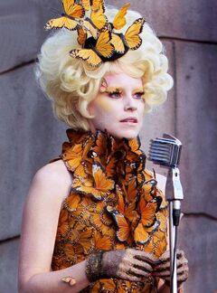 Effie en la cosecha 75° Juegos del Hambre.jpg
