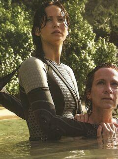 Katniss y Wiress.jpg