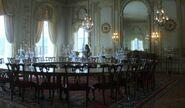 Китнисс во дворце Сноу. Большая Столовая