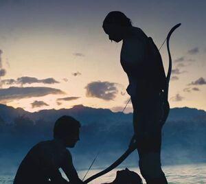 Пит и Китнисс с телом погибшей морфлингистки