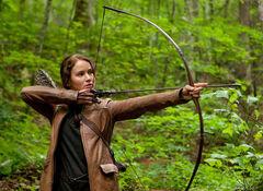 Katniss con el arco.jpg