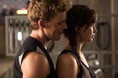 Finnick y Katniss.jpg