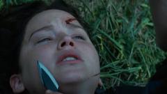 Katniss siendo atacada por Clove.png