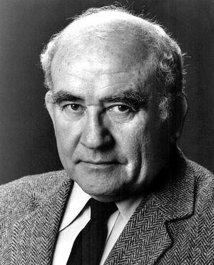 Ed Asner - 1985.jpg