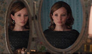 Emily-Browning-as-Frances-Shea-318330