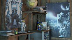 Ellies house - astronaut