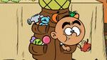 CS1E10A Carlitos eating an apple