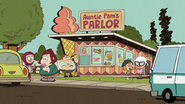 S4E07B Auntie Pam's Parlor