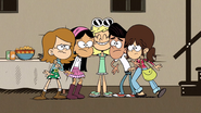 S3E19A Leni's friends together again