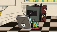 S2E18B Lisa rigs the scale