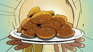 S4E20B Plate of cookies