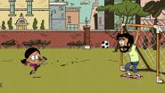 CS1E07 Playing soccer