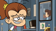 S3E25A Luan looks at Benny
