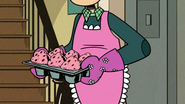 S1E20A Dad with muffins