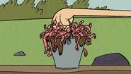S2E06A Worms