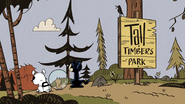 S4E09A Loud pets at Tall Timbers Park