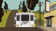 S03E01 Prison bus