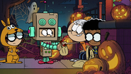 S2E24 Robot trick-or-treater