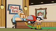S4E06B Firefighters Lincoln and Clyde