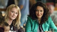 LW S03E01 Bette and Tina 01