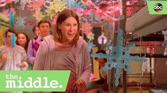 Sue_and_Brad_decorate_the_bin