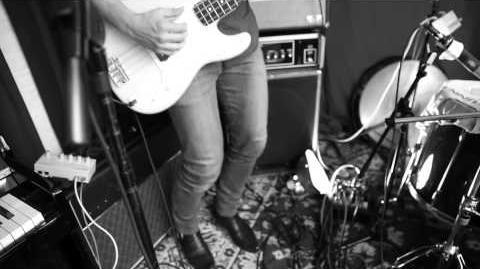 Alexz_Johnson_Nothin'_On_Me_Live_Off_The_Floor_Video-0