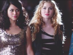 Chloe and Jasmine 88