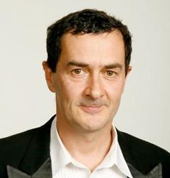 Julian Farino