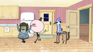 S4E07.082 Pops, Muscle Man, and Hi-Five Chanting Milk