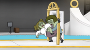 S6E14.160 Muscle Man and Starla Stuck in the First Door