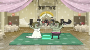 S6E28.141 The Happy Couple Swinging Their Stuff