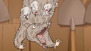 S6E22.260 Scary Opossums