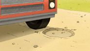 S6E21.008 The Pothole