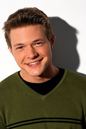 Harvey Kinkle Thesabrinatheteenagewitch Wiki Fandom Nathaniel eric nate richert (born april 28, 1978) is an american former actor, director, musician and songwriter. harvey kinkle