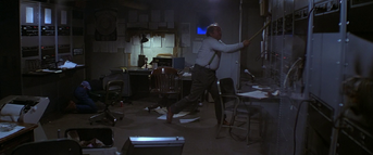 US Outpost 31 Radio Room - The Thing (1982)