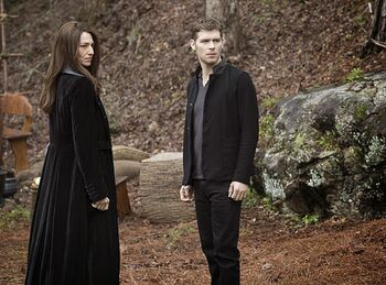 Klaus e Dahlia
