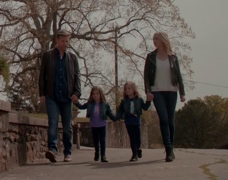 Alaric, Caroline, Josie e Lizzie