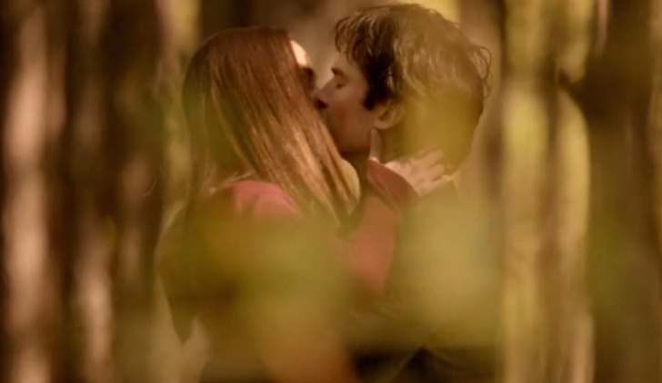 Elena e Damon