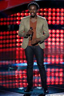 O-ANTHONY-RILEY-THE-VOICE-570.jpg