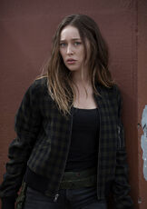 Fear-the-walking-dead-season-4-gallery-alicia-debnam-carey-935