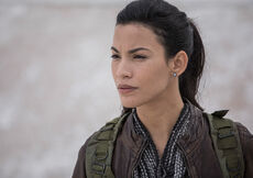 Fear-the-walking-dead-season-4-gallery-luciana-garcia-935-3