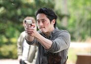 The-walking-dead-episode-601-sneak-glenn-yeun-935
